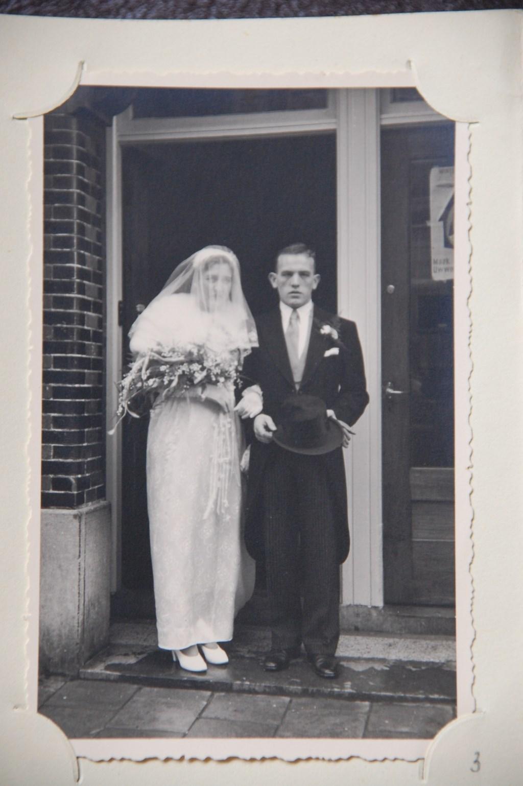 Gerardus en Dorothea trouwden op 9 juli 1954.  © Persgroep