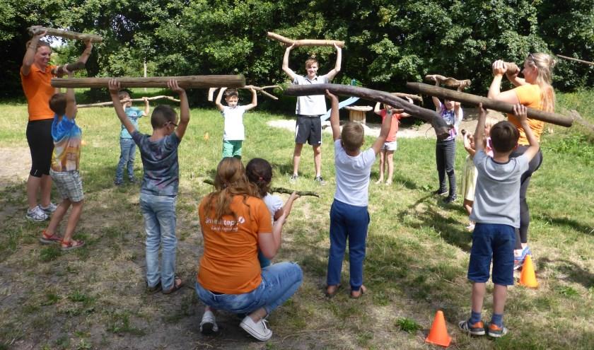 Het hele jaar door op donderdagmiddag bootcamp bij kinderopvang De Bosmuis in Warnsveld (foto: Corry Florijn)