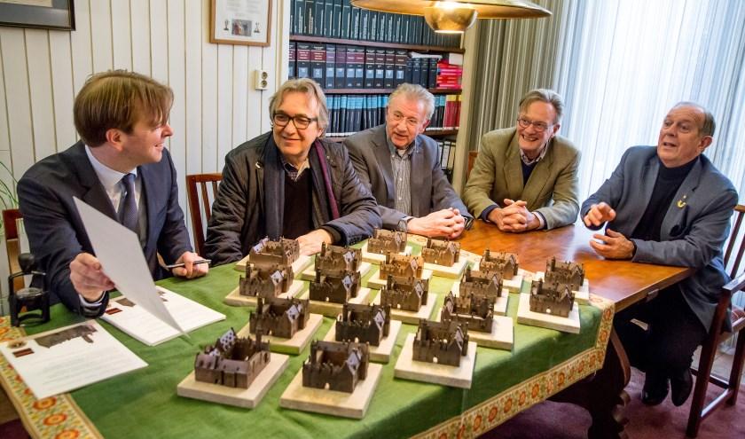 Een van de genomineerden is de maquette van het Markiezenhof, ingediend door de Lions Club Bergen op Zoom Scaldis. Het gaat hier om een maquette van het Markiezenhof voor blinden en slechtzienden.