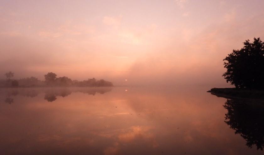 Mist in de Vijfheerenlanden. Foto: John Oomen