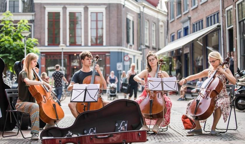 In de historische binnenstad van Zutphen vindt van 28 augustus t/m 1 september de tiende editie plaats van het tweejaarlijks Cellofestival.