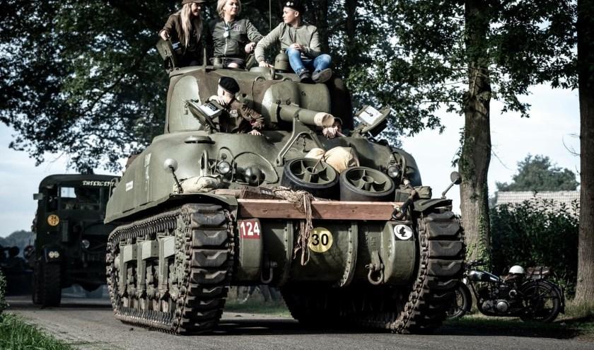 Op 10 en 11 augustus kunnen bezoekers meerijden op historische geallieerde voertuigen.