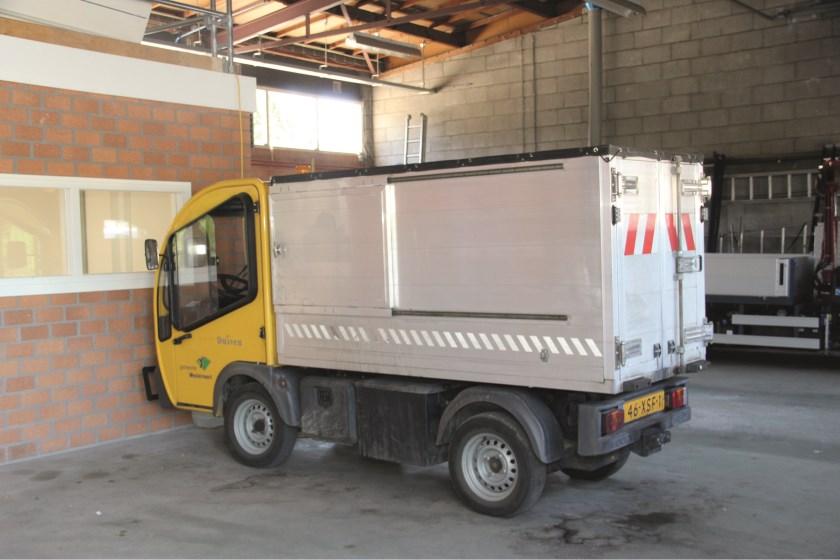 Het elektrische vrachtwagentje waar de gemeenten Duiven en Westervoort er drie van hebben.