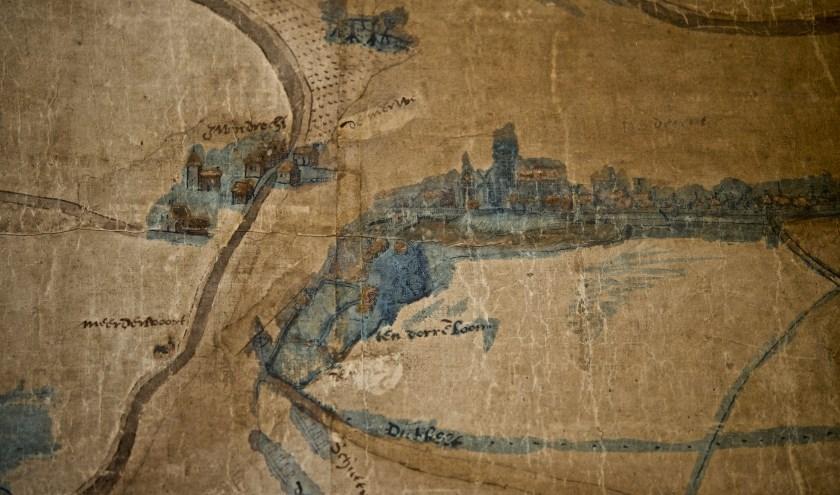 Detail van de grote kaart uit 1540 die vertelt over verdwenen plaatsen, kastelen en zalm. (foto: pr museum)