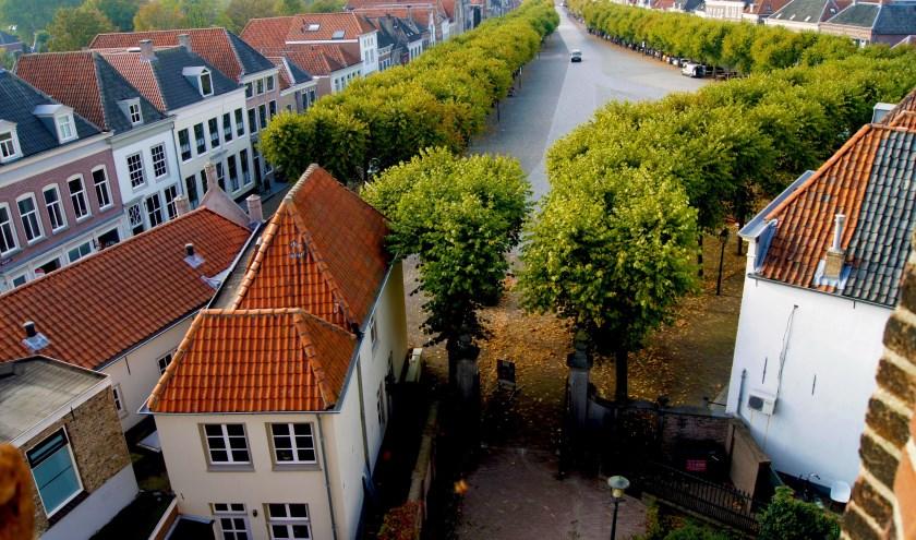 Doe mee aan de Stadswandelingen Geertruidenberg in de maand augustus. Zie ook: www.vestingstadaandebiesbosch.nl