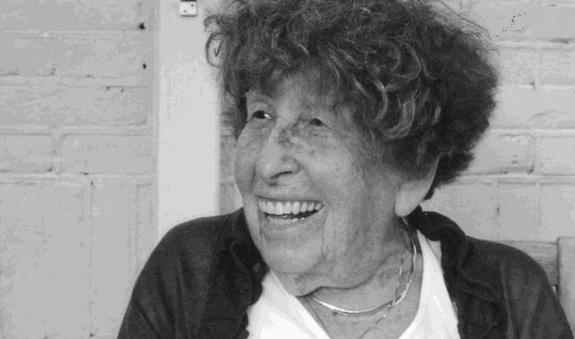 Helen Sieger-White (1911-2010)