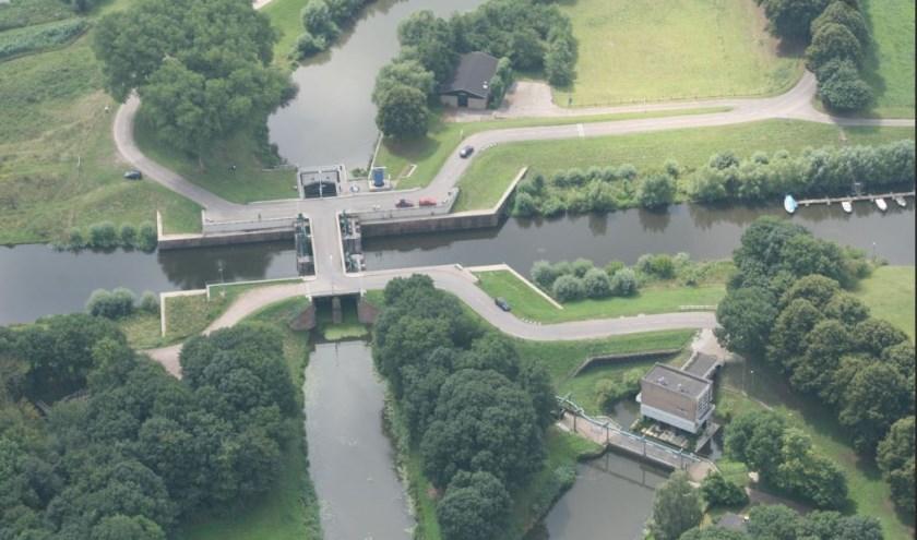 Luchtfoto van de Doeverense of Bovenlandse Sluis. Droneopname van Johan van Eersel.