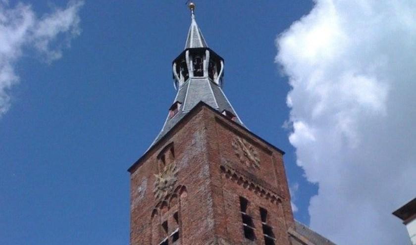 Op woensdagmiddagen in de zomervakantie worden de beiaard en het orgel van de Grote of Andreaskerk aan de Markt in Hattem bespeeld.