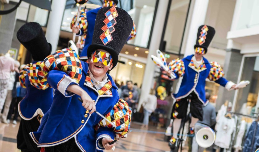 Volop entertainment tijdens de Hollandse Kermis Braderie 2019
