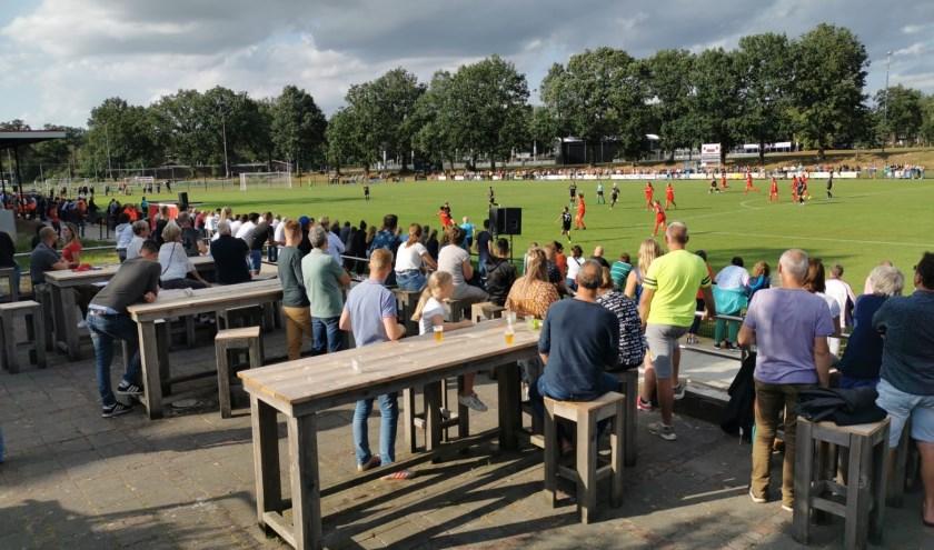 Champions Leageu-voetbal bij Vosta op het Schreurserve. Foto: Tim Boers