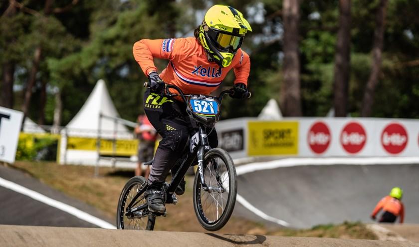 Soraya van Hees pakte brons en werd achtste tijdens het wereldkampioenschap BMX in Zolder, België.