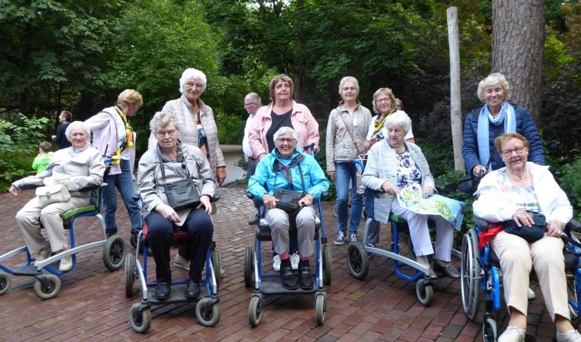 Uitje gasten & vrijwilligers Zonnebloem IJsselstein naar Dierentuin Amersfoort