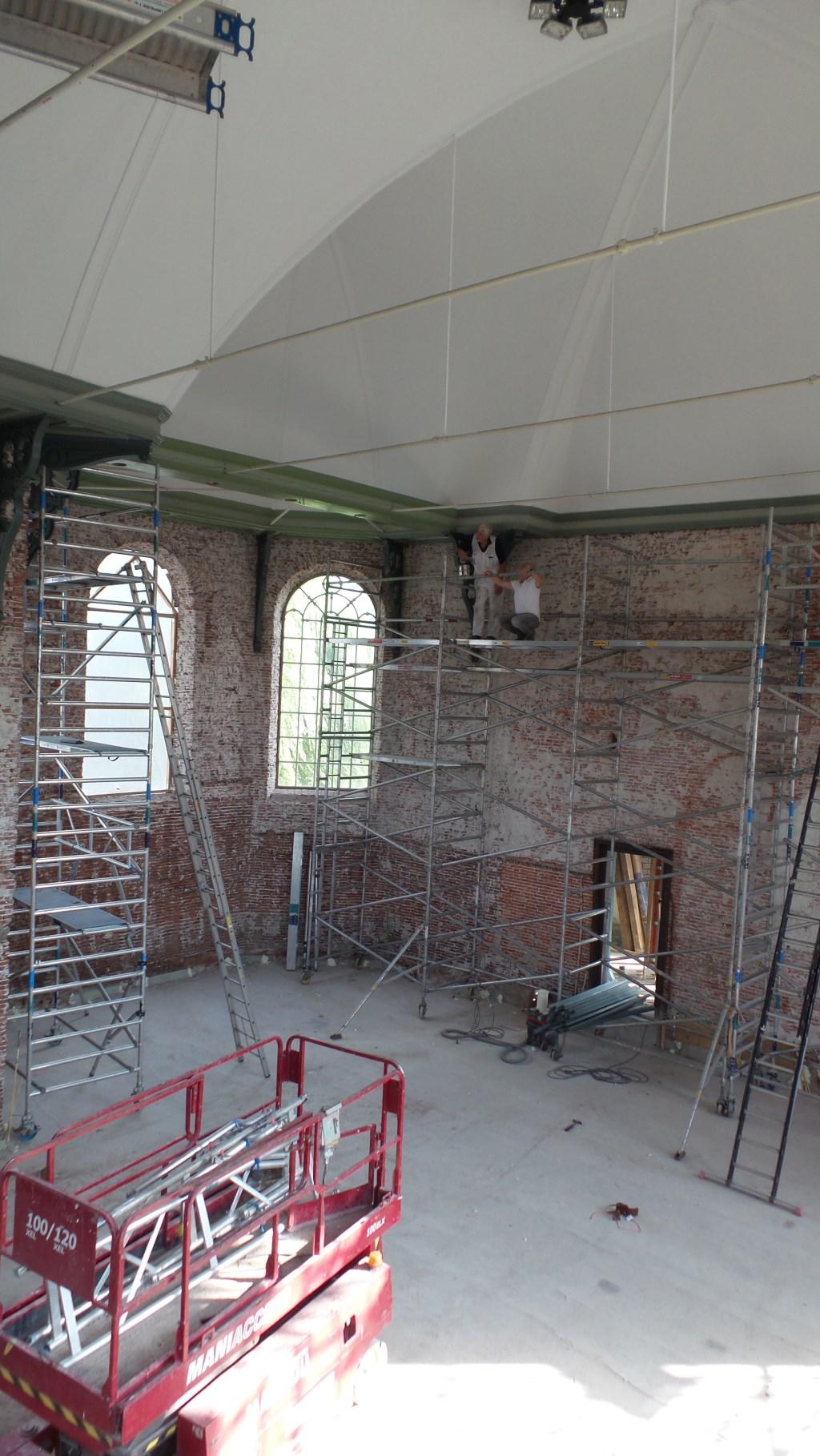 Restauratie binnenzijde Kerk. Foto's beschrikbaar gesteld door CvK Zegveld.  © Persgroep