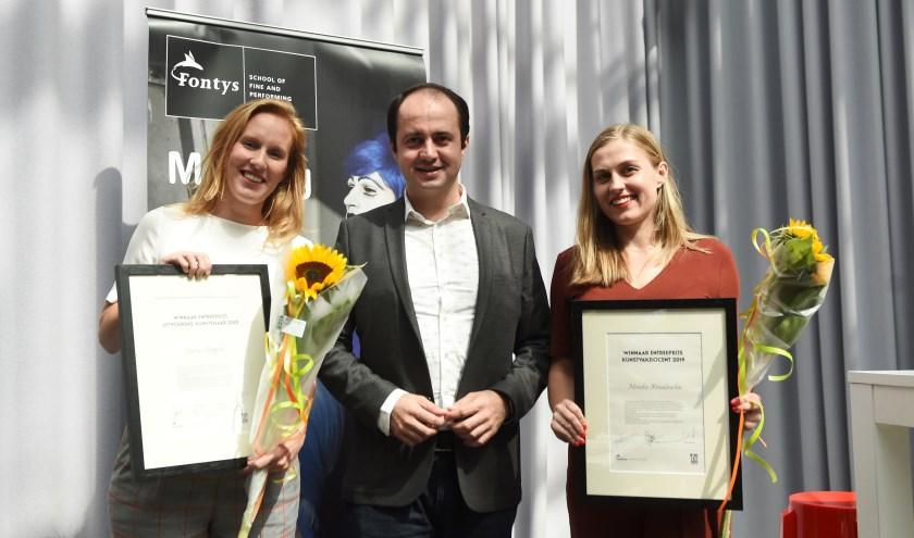 Van links naar rechts: Marlies Ruigrok, wethouder Ufuk Kâhya en Monika Kowalewska.