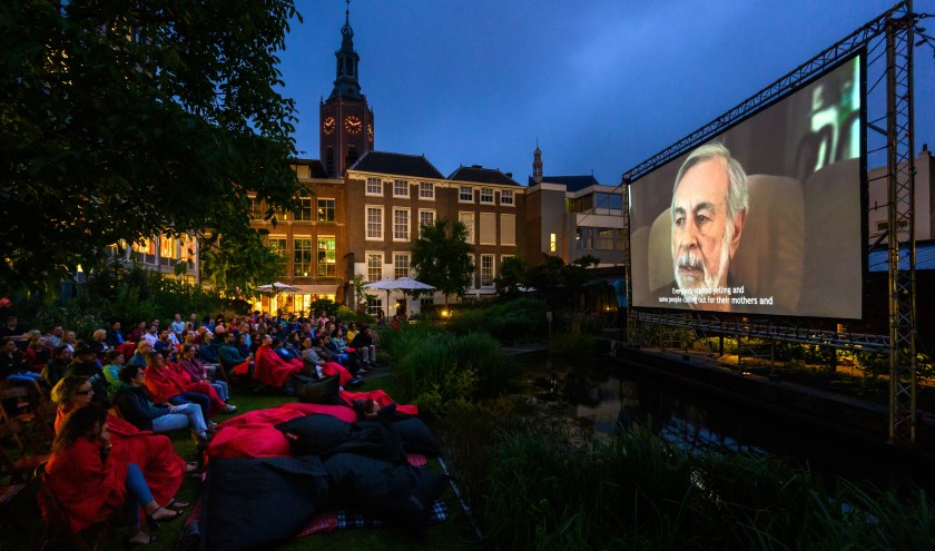 In augustus wordt elke zaterdagavond in de Nutstuin een film vertoond (Foto: Arnaud Roelofsz)