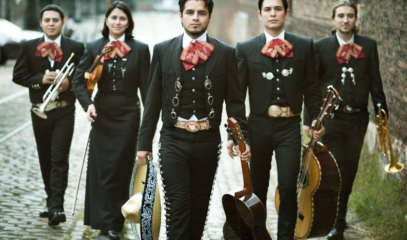 Mariachi Ensemble Que Calor treedt op tijdens Open Monumentendag in Rhenen. (Foto: PR)