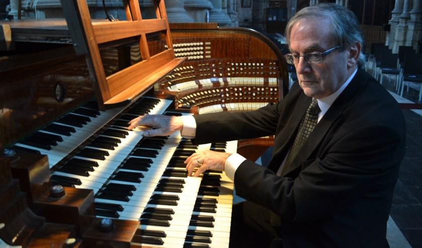 de bekende organist Edward de Geest geeft een concert in de Maria van Jessekerk.
