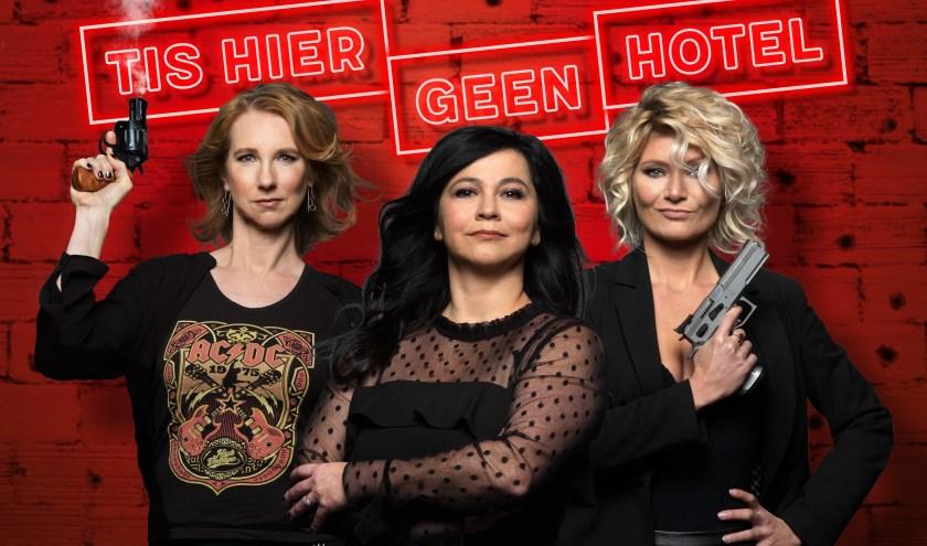 Dianne Lisker, Ellen Dikker en Hanneke Drenth duiken in de wereld van pubers. Foto: Govert de Roos