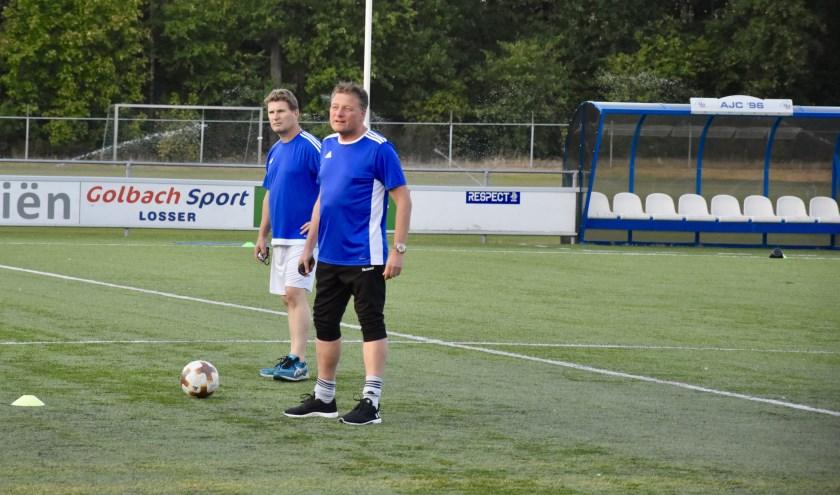 Erik Hellegers met achter hem Ronnie Zengerink. Foto: Marcel Jonker