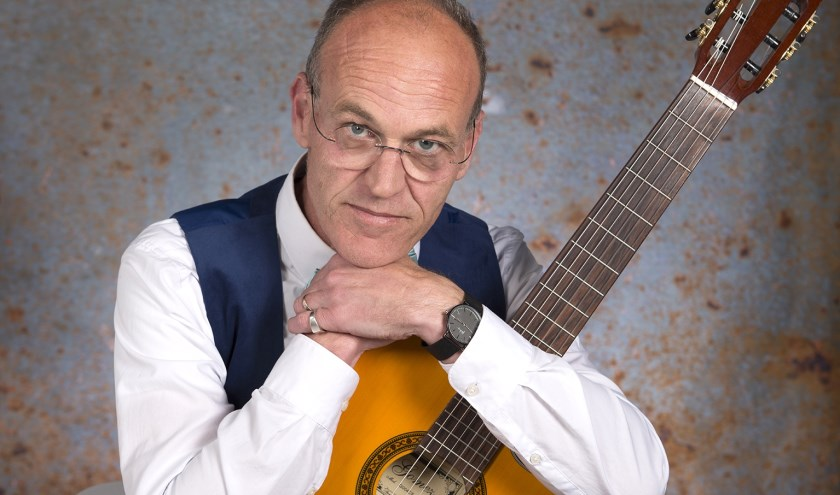 Muziekdocent André van Weele van Muziek-Idee in Drunen.