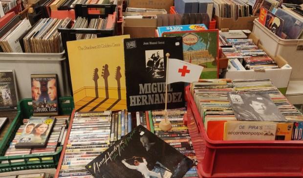 Rode Kruis Deventer Verkoopt Duizenden Boeken Voor Kinder Ehbo