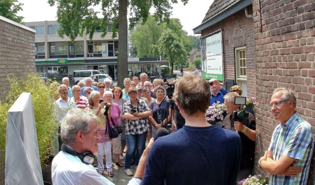 Wim Daniëls houdt zijn speech bij de opening van het nieuwe boekenwinkeltje     Fotonummer: 5a7817
