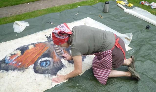 Jeanne de Jong aan het werk   | Fotonummer: 117633
