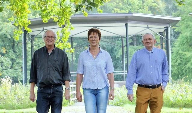 Vlnr: Paul van de Walle, Ans van de Kerkhof en Harry Fransen     Fotonummer: 42b136