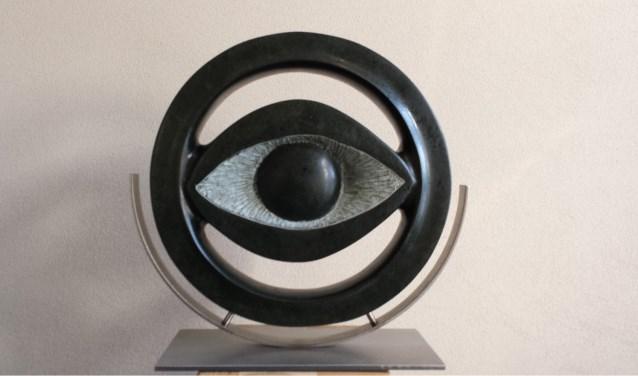 Een beeldhouwwerk van Cees van de Wijdeven  | Fotonummer: e714e1
