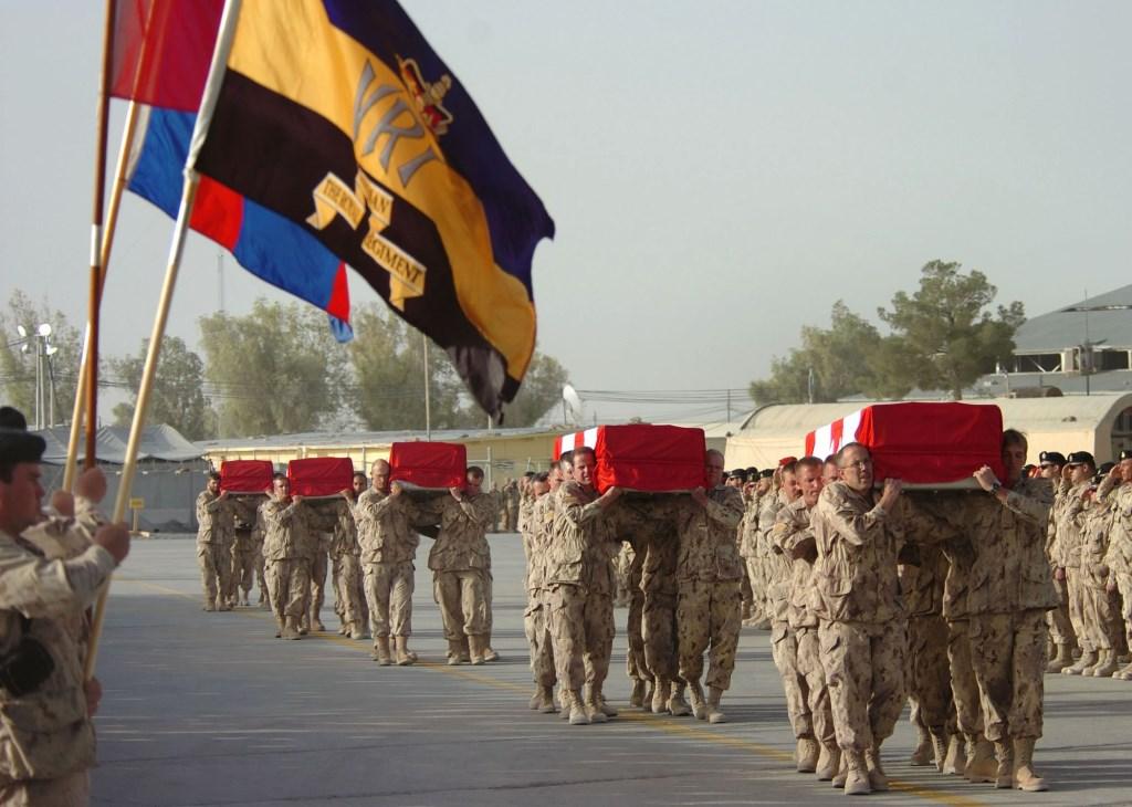 Een van de vele rampceremonies Foto: Sgt Lou Penney © deMooiLaarbeekkrant