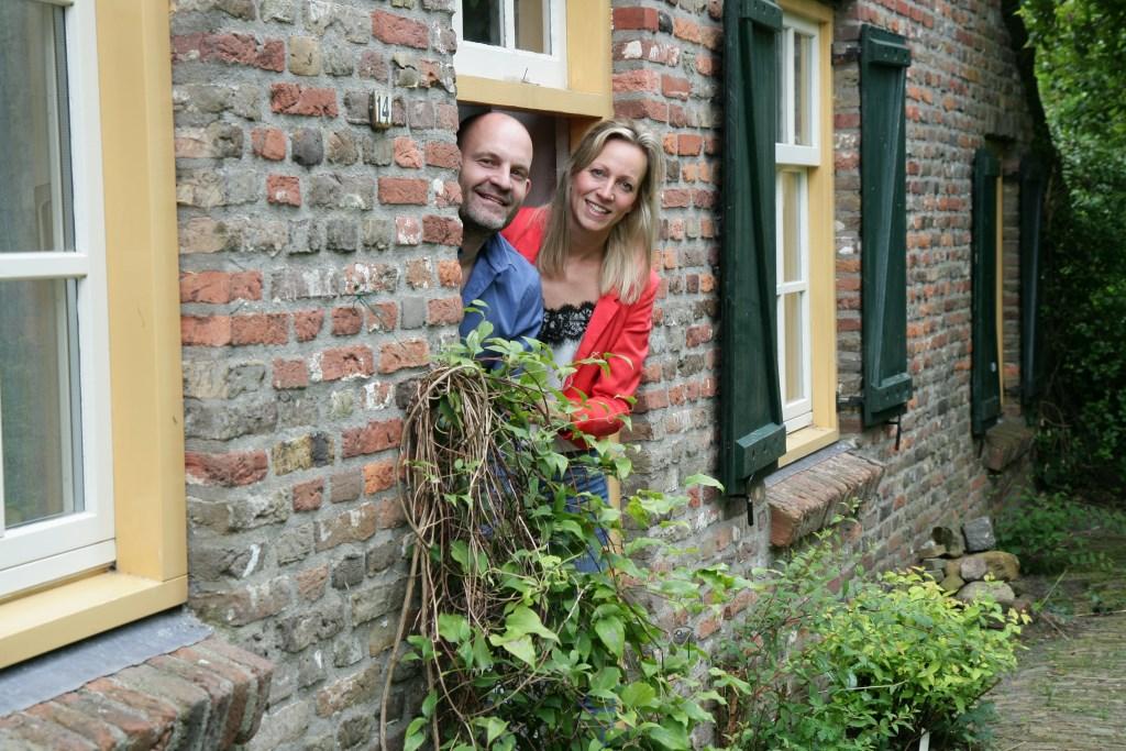 De nieuwe bewoners: Bert van Kuijck en Maike Verhagen  © deMooiLaarbeekkrant