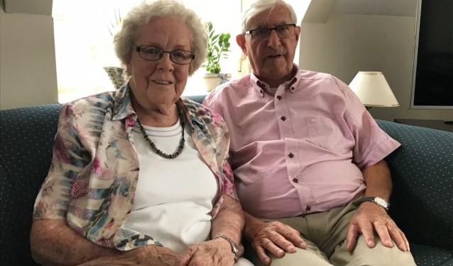 Albert en Tina van Heijnsbergen-Engels    Fotonummer: 8ce6cd