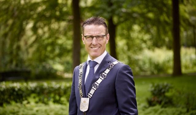 Burgemeester Frank van der Meijden  | Fotonummer: a7b7dd