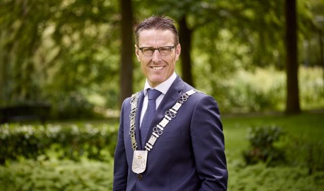 Burgemeester Frank van der Meijden  | Fotonummer: f6f68b