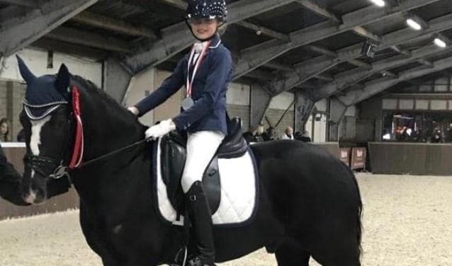 Claire Vermaes met haar pony Matcho 'D' van Prinsenhof's    Fotonummer: 664cd3