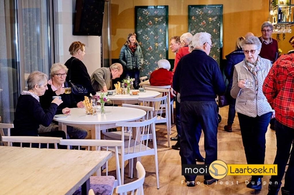 """open dag bij de Groof uitvaart verzorging nadat de verbouwing met een uitbreiding van een crematorium """"t laar gereed is gekomen. Joost Duppen de Fotograaf © deMooiLaarbeekkrant"""