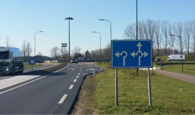 De rotonde op de N279 tussen Gemert en Beek en Donk   | Fotonummer: 1b4709