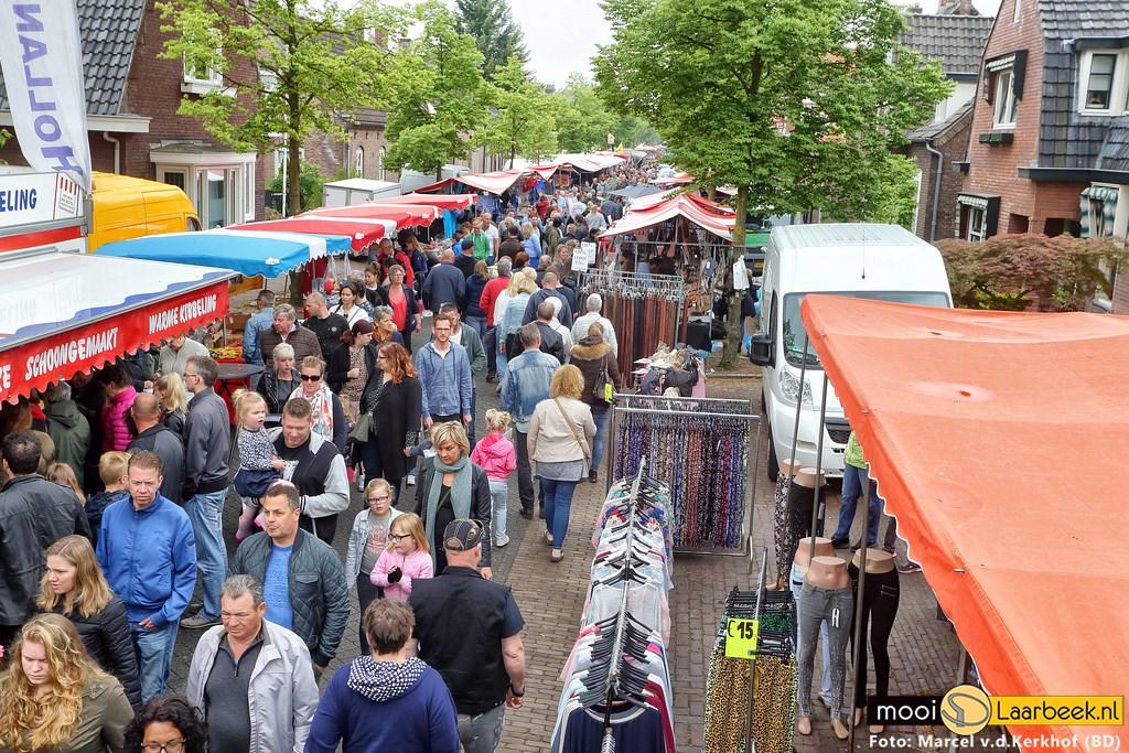 De Jaarmarkt in Aarle-Rixtel Foto: Marcel van de Kerkhof (B&D) © deMooiLaarbeekkrant