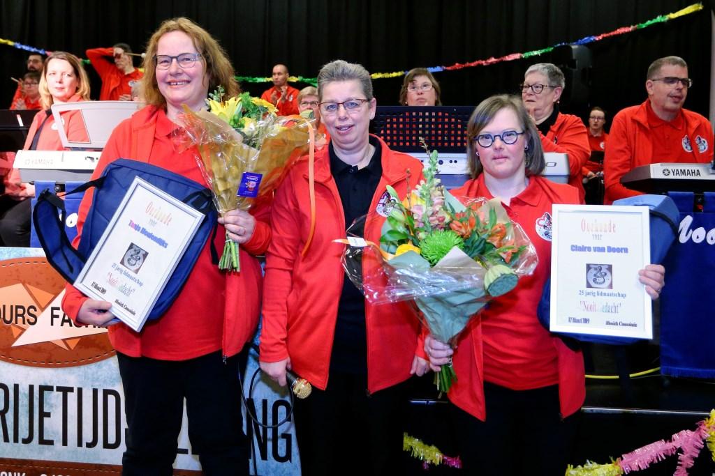 De jubilarissen bij KansPlus Foto: Marcel van de Kerkhof (B&D) © deMooiLaarbeekkrant