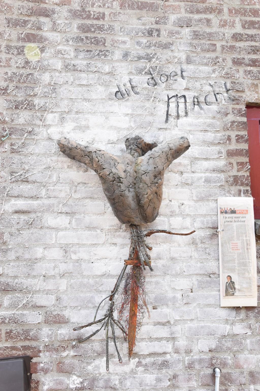 Werk van Thea Blok Foto: Marie-Christine van Lieshout © deMooiLaarbeekkrant