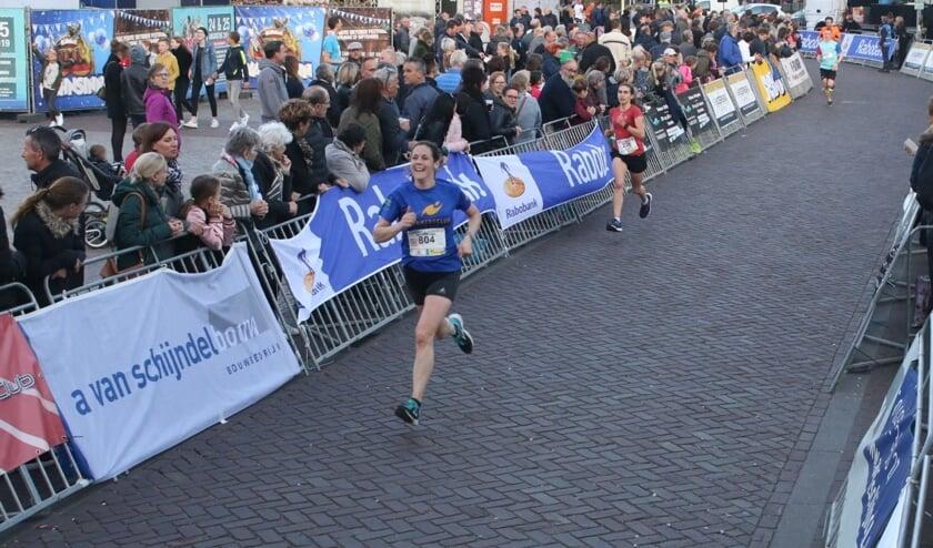 Anne Smeets op weg naar de finish in Gemert   | Fotonummer: af8fc2