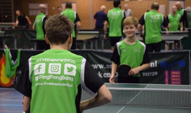 Tijl Engelhart en Luuk Verboven spelen een potje PingPongbaas   | Fotonummer: a75fb5
