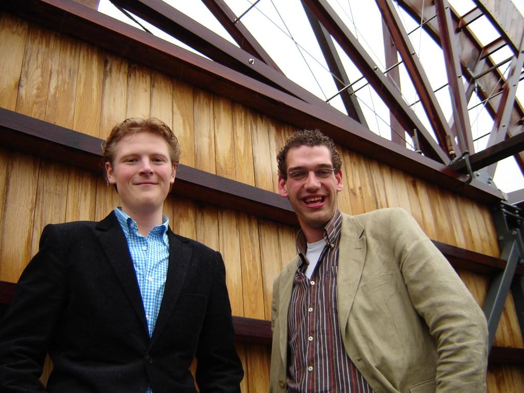 CDA-ers Eibertjan van Blitterswijk en Marien den Boer startten in 2006 in Oegstgeest als 'burgerrraadslid'.   Archieffoto Willemien Timmers  © uitgeverij Verhagen