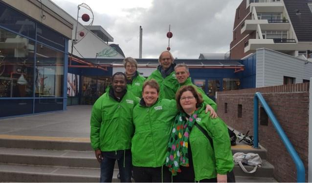 De fractie en steunfractie van GroenLinks met links vooraan het nieuwe raadslid Ibrahima Bah. | Foto: PR
