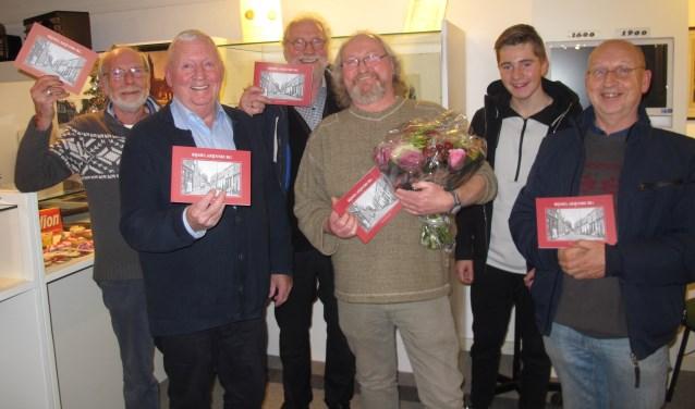 Rob Heemskerk heeft de gedichten in het boekje 'RijmelaRijnsburg' geschreven.
