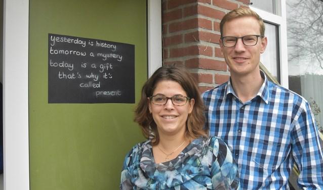 Samen met hun vier kinderen vertrekken Astrid en Johan Klaasse naar Aruba.