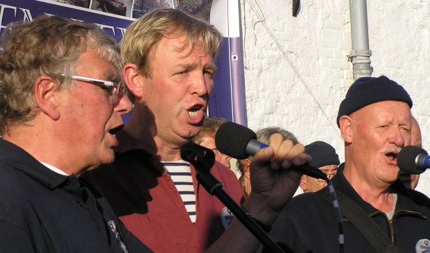 Drie zangers van Rumor di Mare.