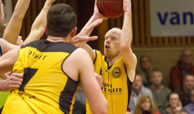 Joey Schelvis was met 33 punten niet te stoppen in Leiden. | Foto: Wim Kulk