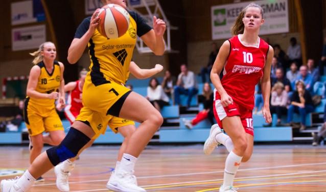 Ilse Kuijt goed voor 20 punten tegen Jolly Jumpers. | Foto: Geert Bekker