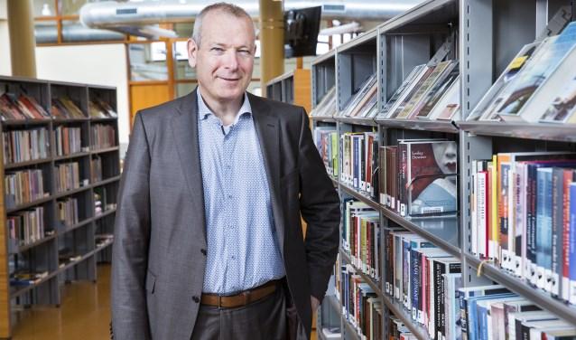 Hans Portengen, directeur van Bibliotheek Bollenstreek.